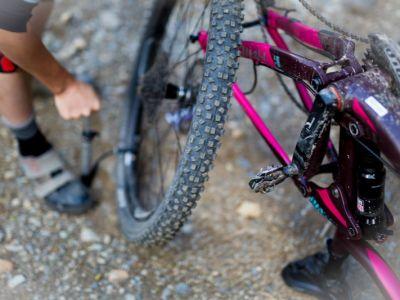 Liv Tech Clinic: Flat Tire Fix