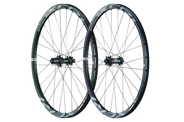 XCR 1 27.5 Boost Carbon XC Wheelsystem