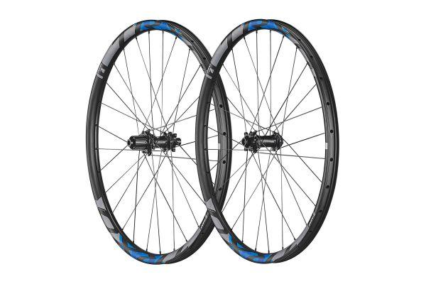 TRX 0 27.5 Carbon Trail