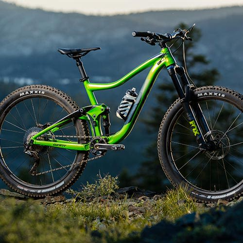 Trail Mountain Bikes >> Trail Bikes For Men Men S Trail Specific Mountain Bikes Giant