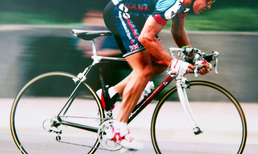 Karbon váz a hétköznapi kerékpárosok számára