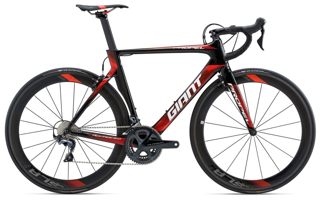 Propel Advanced Pro 1 (2018) | Men Aero Race bike | Giant