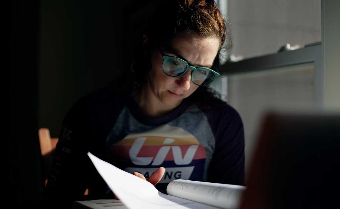 Kaysee Armstrong Studying