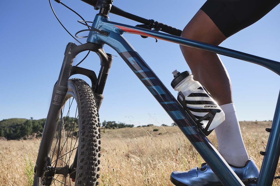 Giant full suspension mountain bike