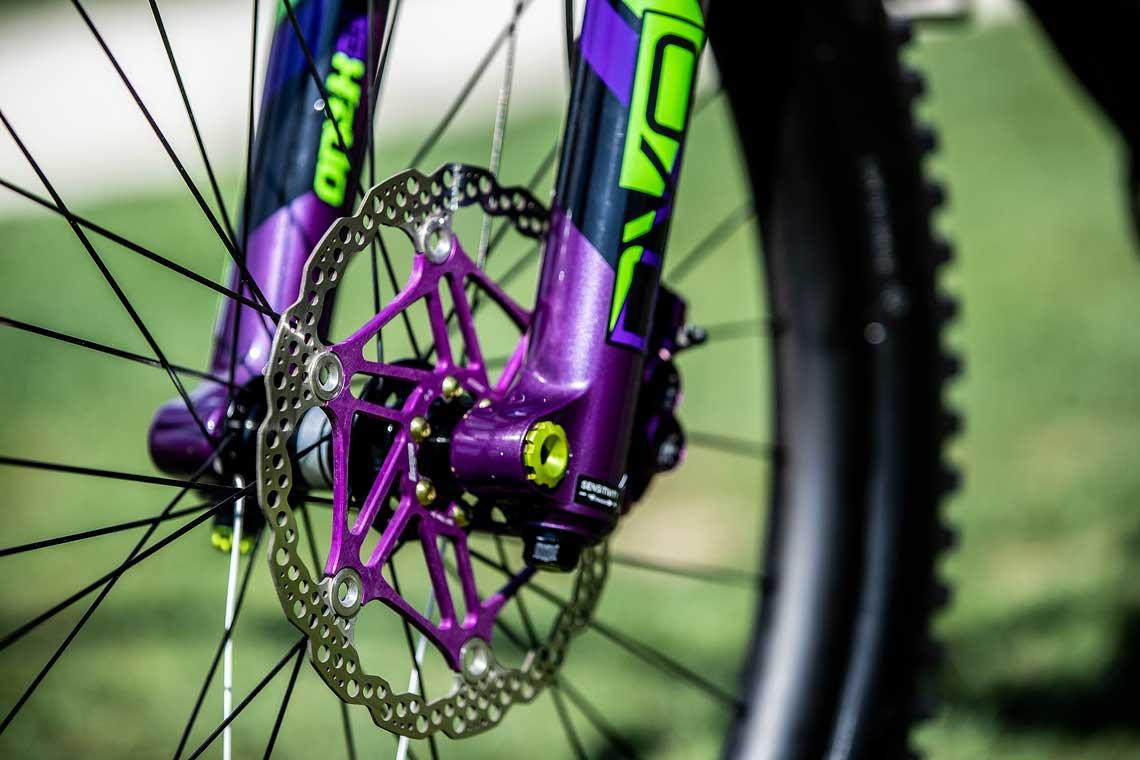 Rae Morrison's Hail Advanced   Enduro Bike Check   Liv